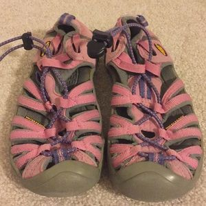 Pink keen size 1